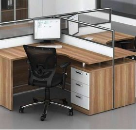 Curved two way workstation D20-2812